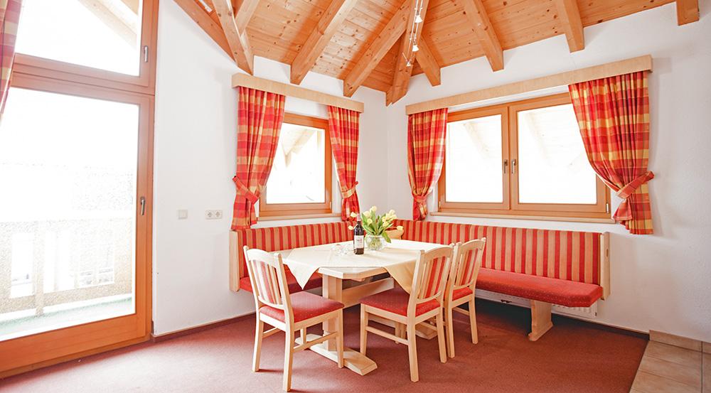 Apart-Waldhaeusl-Ischgl-Ferienwohnung